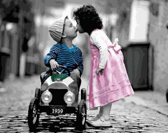 Картина по номерам 40x50 Детский романтичный поцелуй